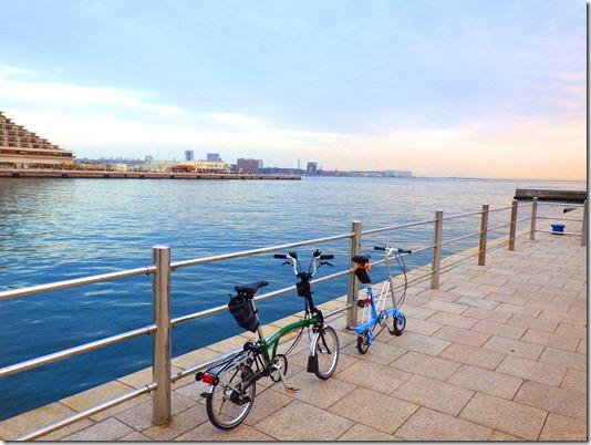 神戸港と夕方