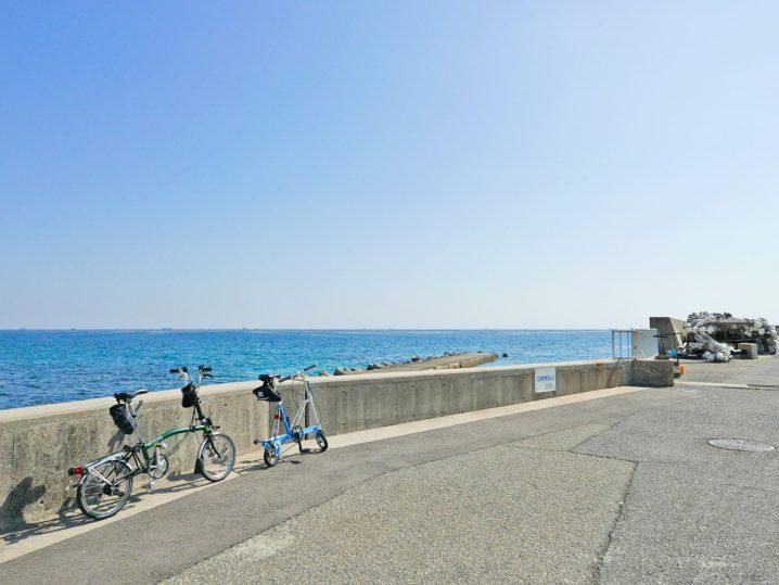 塩屋周辺の海と折り畳みミニベロのポタリングの様子